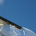 Pourquoi le nettoyage des vitres est si délicat ?